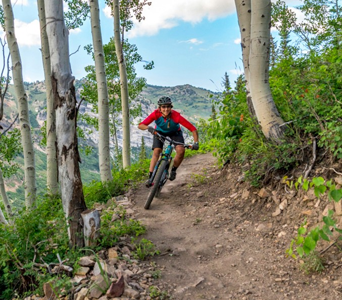 Chasing Epic, a trailblazing mountain bike company, is  inviting intermediate and experienced female riders on three remaining dedicated, all-inclusive, all-women weekends.